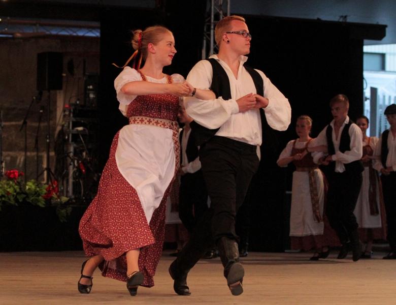 Tanssia 2013 Kaustinen11
