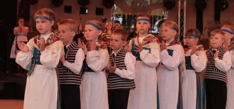 Tanssia 2013 Kaustinen13